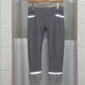 Lululemon Brushed Grey Capri Slub Pants 6